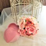 bridal-bouquet-birdcage